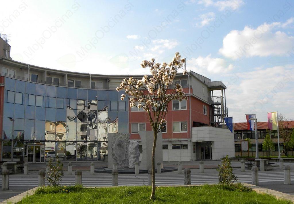 Obvestilo o spremembi uradnih ur v Centru Ivana Hribarja od 9.7.2018 do 27.08.2018
